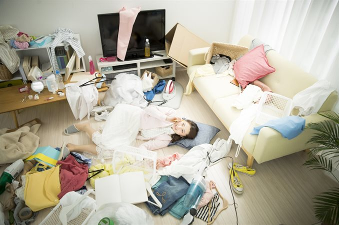 汚れた部屋